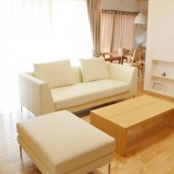 ソファ、リビングテーブル、カーテン納品