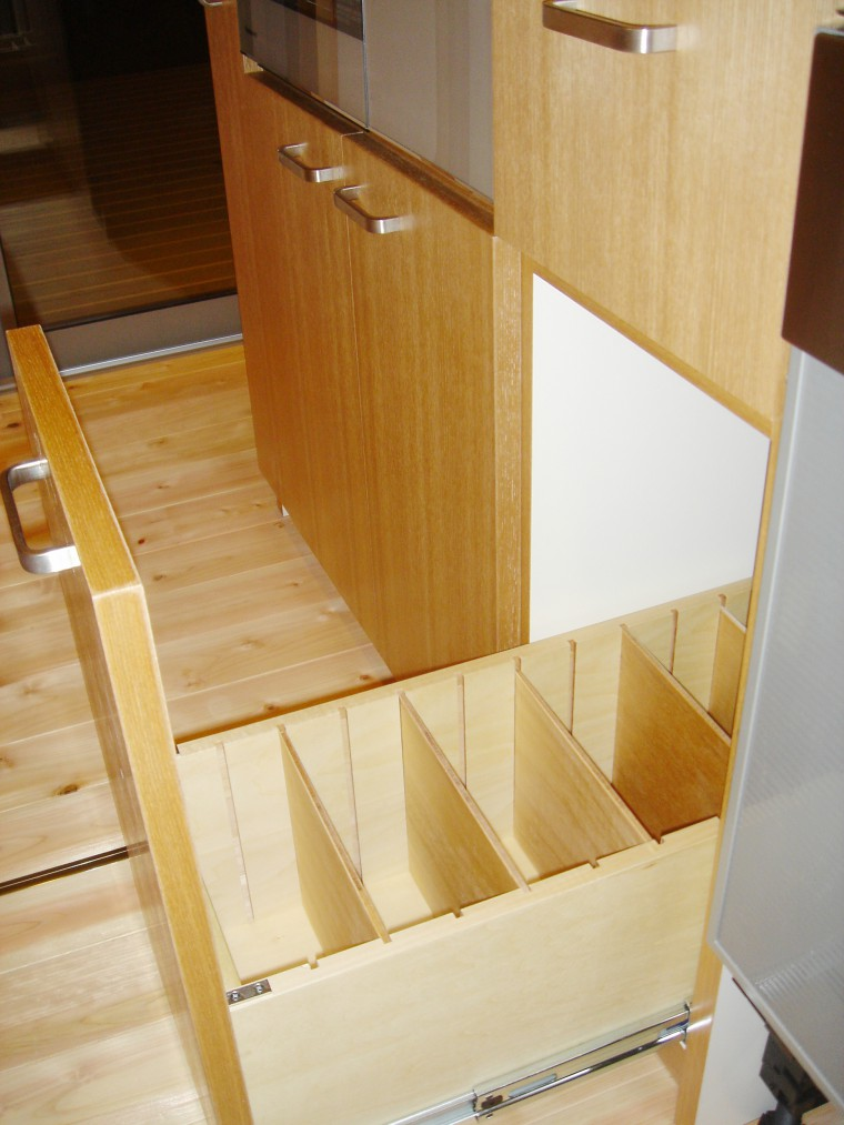 オーダーキッチン、造作キッチン収納3
