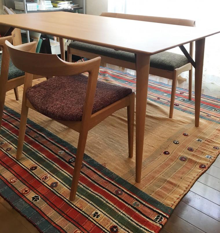 ダイニングテーブル、チェア、ベンチ、一人掛けソファ 納品0