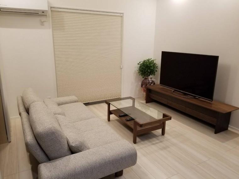ダイニングセット・ソファ・リビングテーブル・TVボード・ベッド・照明7