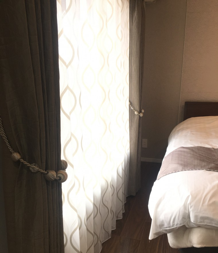 カーテン家具納品1