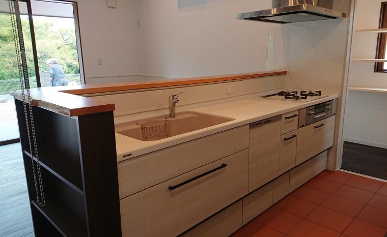 ≪造作≫キッチン収納、洗面化粧台、トイレ手洗4