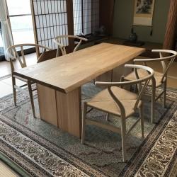 和室に匠工房テーブル、Yチェア納品