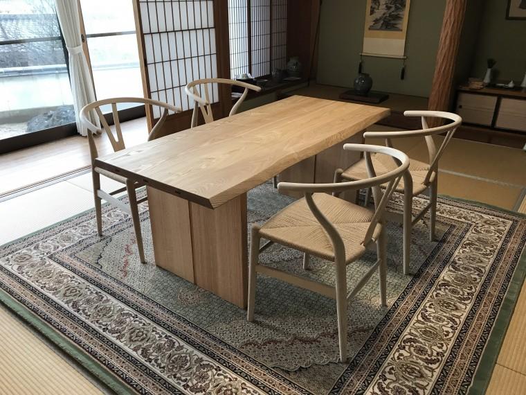 和室に匠工房テーブル、Yチェア納品0